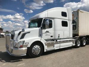 2013 Volvo 780. Take over lease