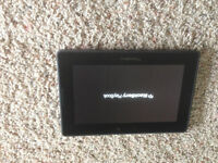LIKE NEW BLACKBERRY PLAYBOOK 32GB WITH OTTERBOX