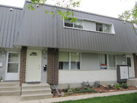 Townhouse Style Condo with Full Basement
