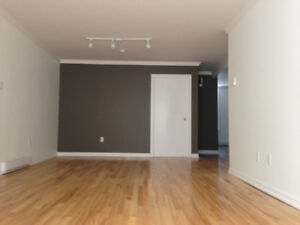 Quiet Uptown Saint John, 2 Bedroom, Off-street Parking