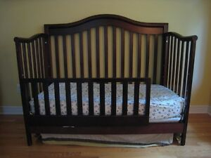 Solid wood convertible crib+conversion rail (2 beds available)