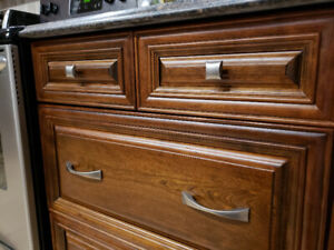 Brushed Nickel Kitchen Hardware: Mix of Pulls & Knobs