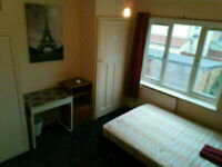 ***ONLY 2 WEEKS DEPOSIT*** DOUBLE ROOM AVAILABLE