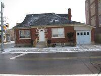 Student House for Rent (Regina St)