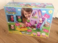 Peppa Pig Weebles Wobbles Sleepover at Granny & Grandpas House Playset Toy with Car and 4 Weebles