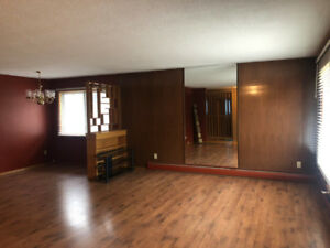 Lots of space! 3 bedroom main floor. Heat, water, power included