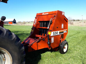 For Sale by Auction - Hesston 530 Small Round Baler