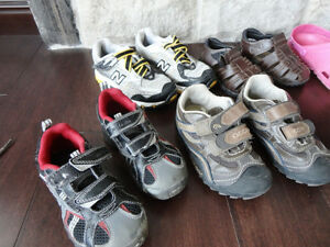 Selling 8 Pairs Boy/Girls Youth Shoe's, Boots & Sandals Kitchener / Waterloo Kitchener Area image 2