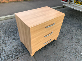 Oakwood 3 drawer chest of drawers £39