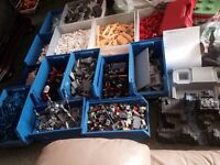 58kg of Lego with more than 220 figures