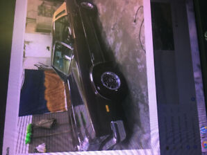 1977 Cutlass Oldsmobile in excellent condition,  aprox 60,000Klm