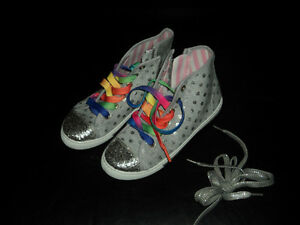Girls High Top Sneakers Size 3