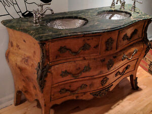 Commode antique Louis XV
