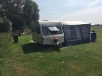 Stunning 2 birth caravan lightwhight price drop first to see will buy £1395