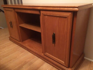 Tv stand/credenza/sideboard