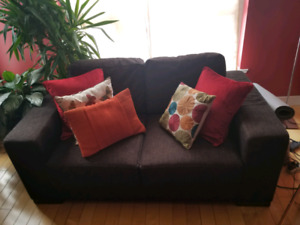 Living room set Love Seat & chair Smokers free & pet free