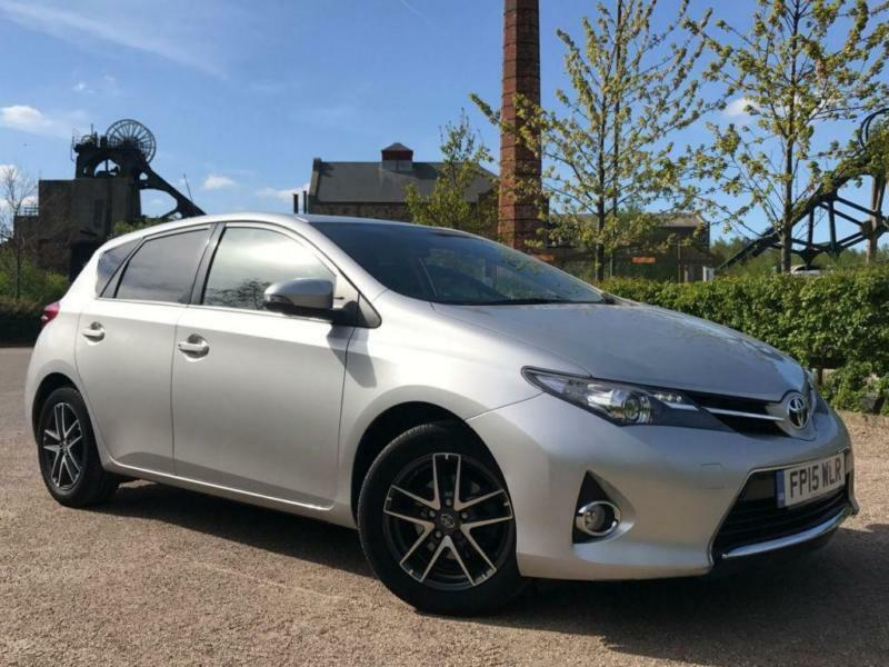 2015 TOYOTA AURIS 1.6 VALVEMATIC ICON PLUS (VAT QUALIFYING)