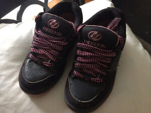 Skate shoes- Girls size 2