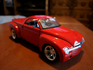 1/24 scale Chevrolet SSR