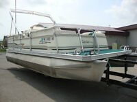 1998 Ercoa 20ft pontoon