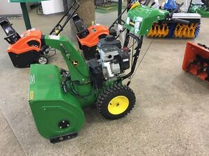 JOHN DEERE 1028E WALK BEHIND SNOW BLOWER... REDUCED!! Strathcona County Edmonton Area image 2