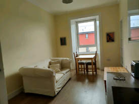 Leith 2 bed flat - 2 months @ £550