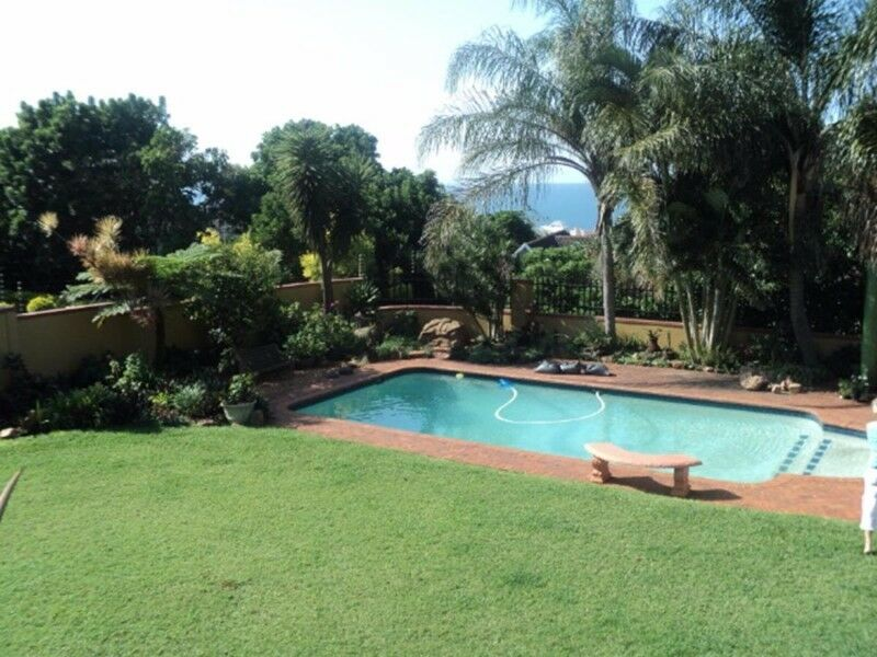 Large 6 bedroom Home in Umhlanga
