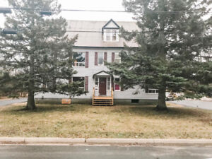 6 Unit Rental Property - Great Income and Investment!