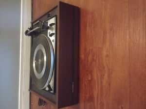 Noresco Dual Turntable