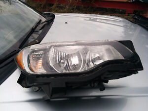 Subaru Impreza 2012 headlight droit