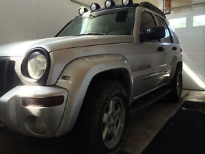 2002 Jeep Liberty Renegade CLEAN