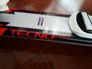 Tecno Pro XR Junior ski 90 cm with adjustable bindings .
