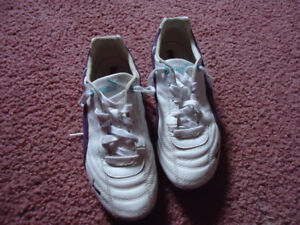 Puma sneakers Womens Size 7