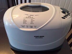 Black and Decker automatic bread machine