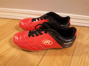 Kids Rawlings Soccer Cleats - size 13