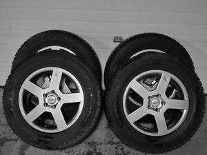 "Volvo 17"" Alloys, Hankook i-Pike Winter / Snow Tires  235/65/17"""