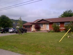 HOUSE FOR SALE BUNGALO STONEY CREEK WINONA