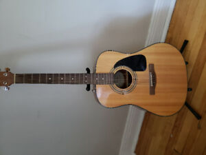 Guitare acoustique Fender + étui rigide