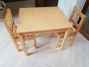 solid wood toddler table and chairs