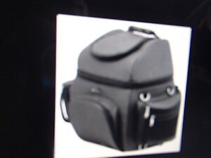 MUSTANG Journey Bag 13316 new $125 retail = $250++