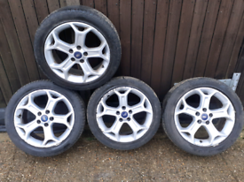 """Ford mondeo 17"""" alloy wheels good tyres"""