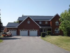 2 ACRE LOT & POOL - 4764 Latimer Road, Inverary - 5 bedrooms