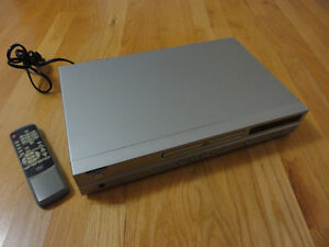 Diamond brand DVD player with remote London Ontario image 9