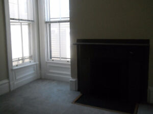 VERY LARGE 3BDRM FLAT ON SOUTH ST., DOWNTOWN HFX.