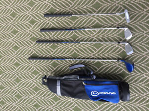 Kids right handed golf club set