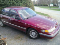 1992 Ford Crown Victoria Berline