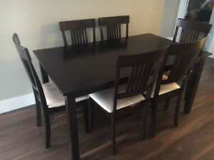 Table +6 chairs for sale