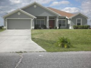 Gorgeous Florida Pool Home for rent – Cape Coral/FtMyers