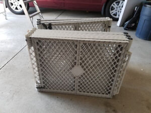 XL PET GATE WITH DOGGY DOOR!!!