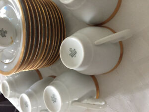 Vintage cappuccino cup set of 12 and coffee urn